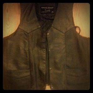 All leather/lined vest